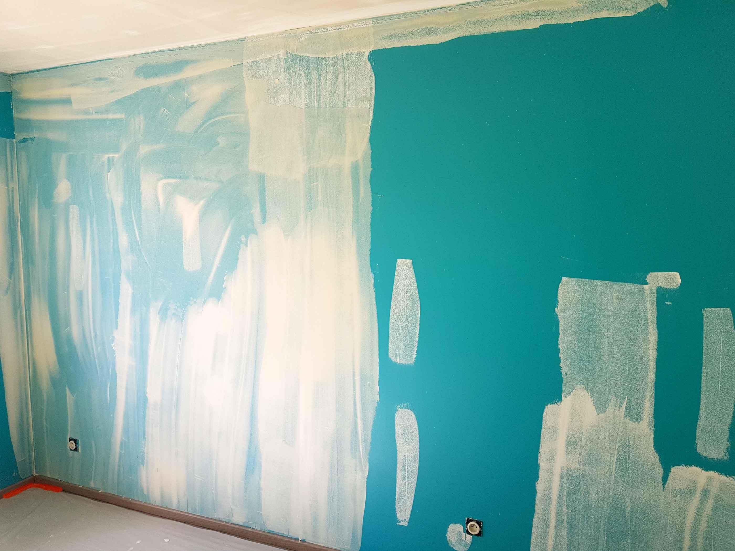 travaux-renovation peinture ratissage murs