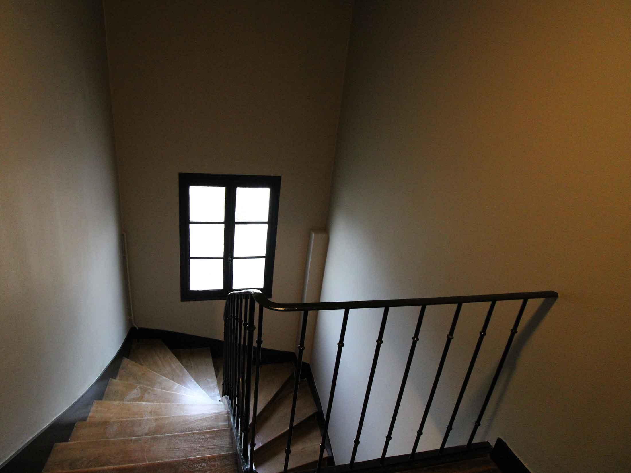 Rénovation d'une cage d'escalier à Belleville